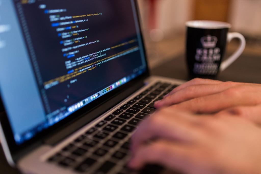 Muốn sửa chữa máy tính nên học ngành gì?